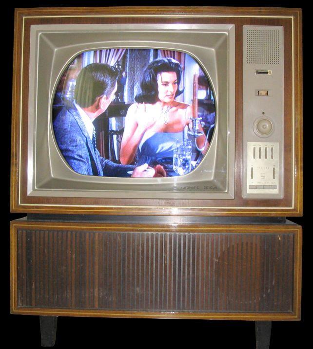 Erster Farbfernseher